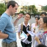 Gia sư dạy tiếng Việt cho người nước ngoài