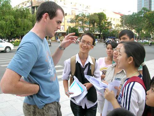 Gia sư dạy tiếng Việt cho người nước ngoài tại Biên Hoà